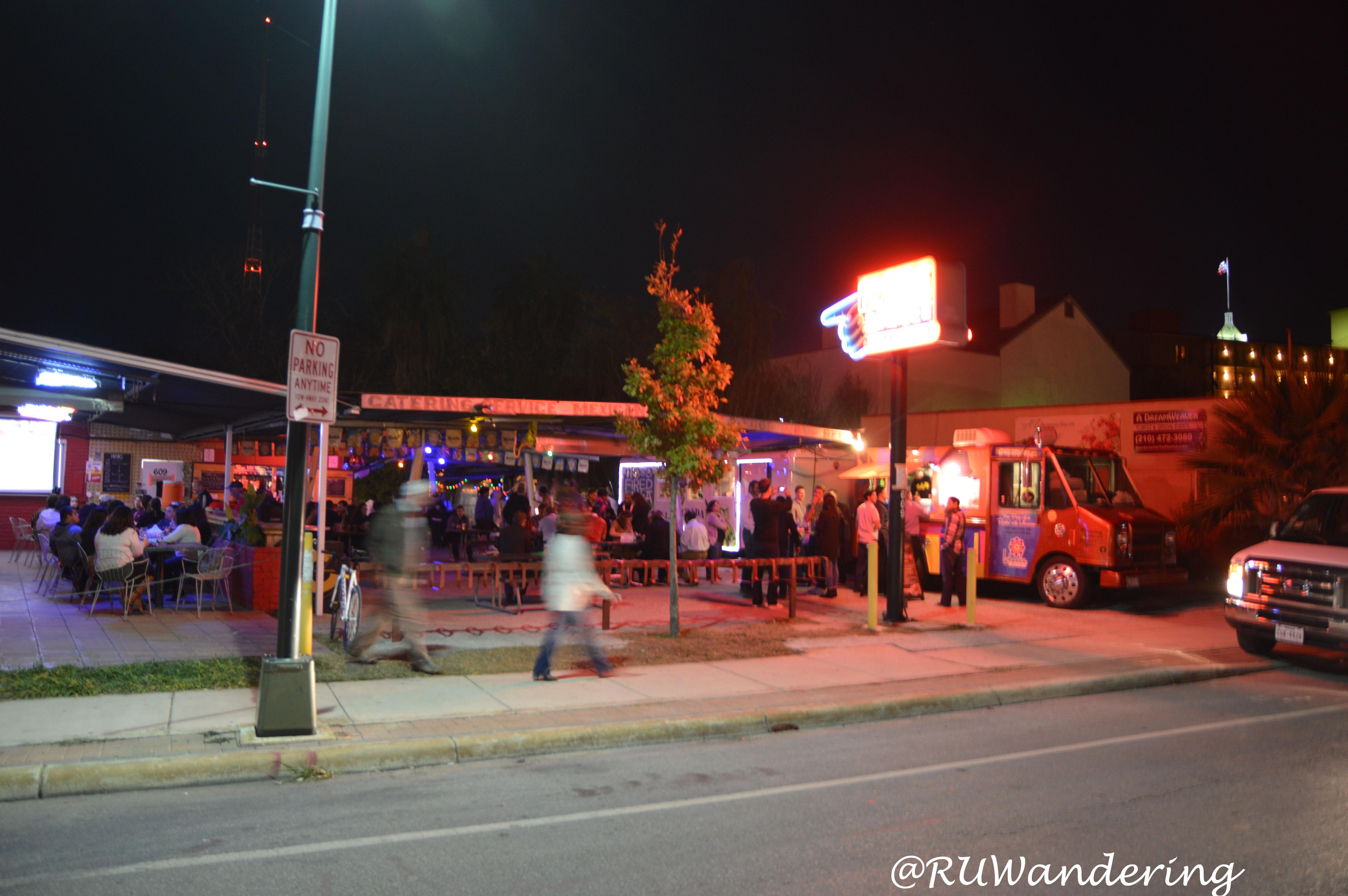 Alamo Street Eat Bar Food Trucks